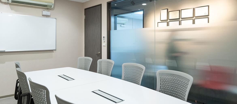 信義區會議室出租-大會議室最多可容納8人
